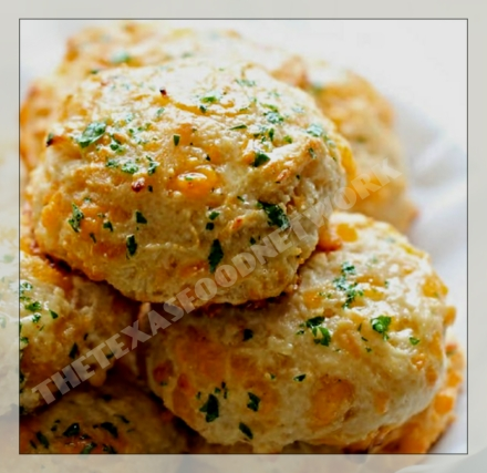 Cheddar Bay Cheese Biscuits YUM