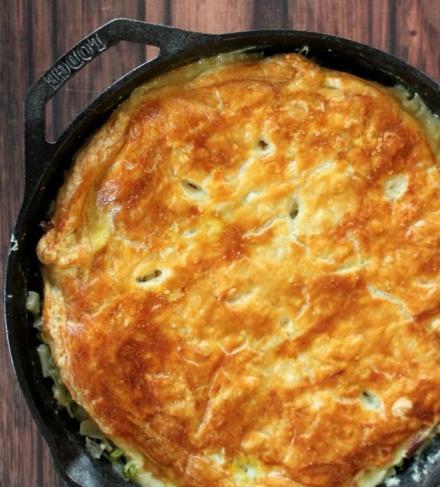 skillet-chicken-pot-pie-recipe